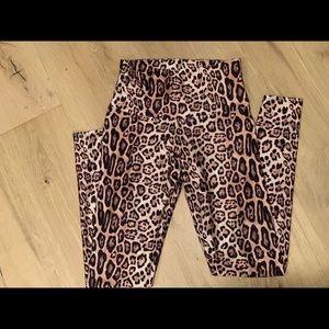Onzie leggings, leopard print